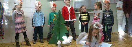 Vianočné vystúpenia - december 2013 - 17122013095